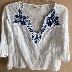 Love Stitch white & blue boho embroidered blouse